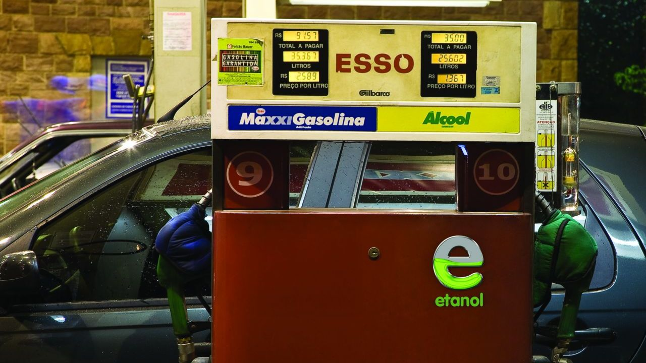 China promotes ethanol fuel to reduce pollution