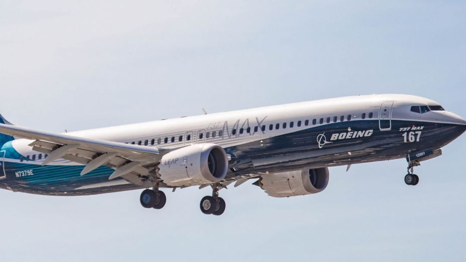 Boeing officially signs 737 Completion Centre agreement with COMAC