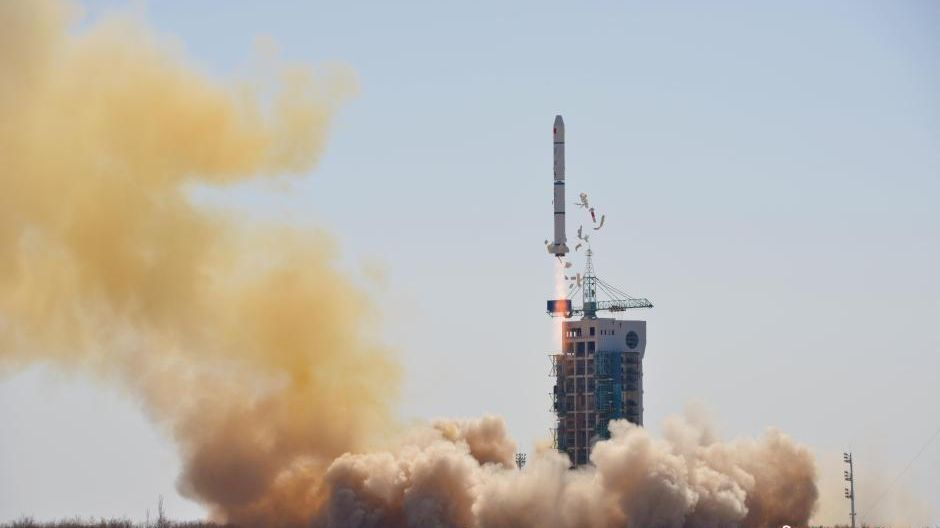 China set for crucial space launch following Long March ...