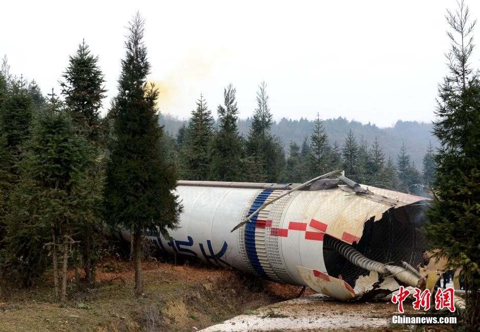 China aims to ease rocket debris dangers with reusable launch vehicles and sea launches