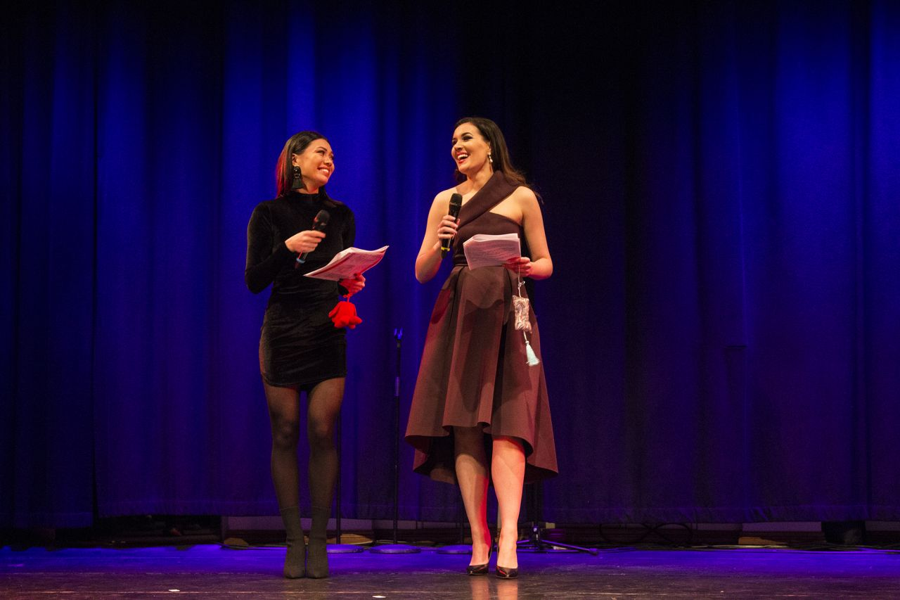 Miss Finland 2016 Shirly Karvinen (left) and current incumbent Michaela Söderholm took on hosting duties.