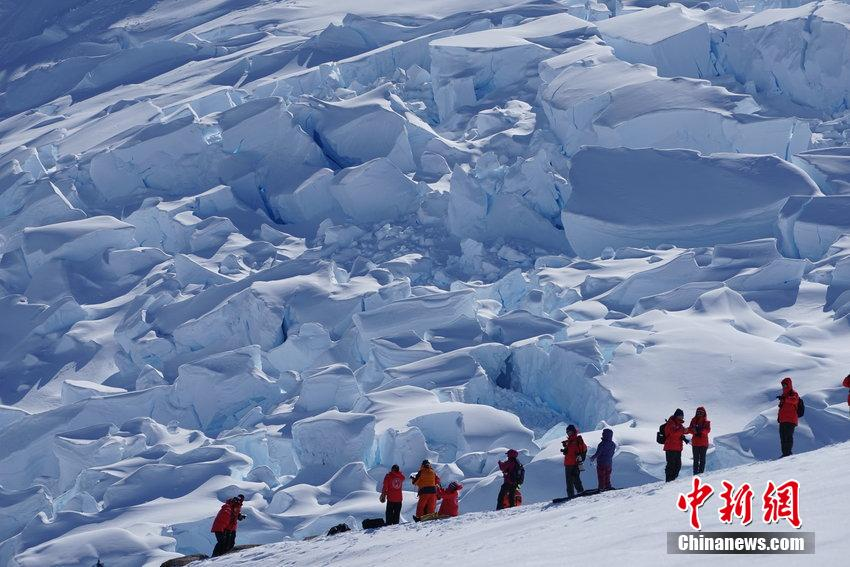 Chinese wanderlust for Antarctica grows as South Pole tourism gets cheaper
