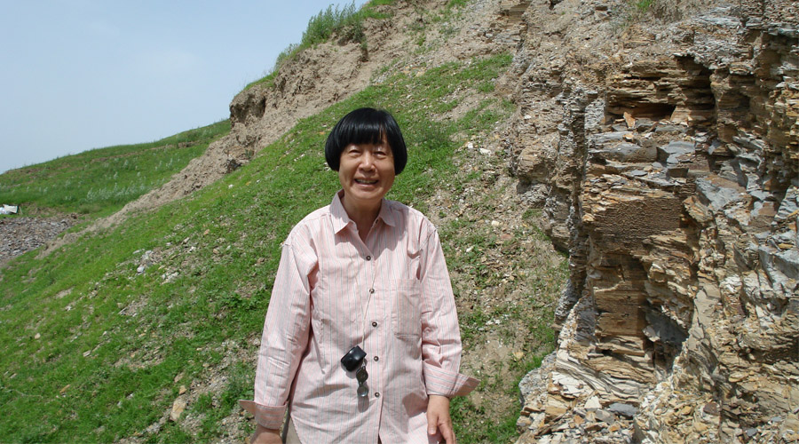 Chinese scientist Zhang Miman wins 2018 L'Oréal-UNESCO For Women in Science award