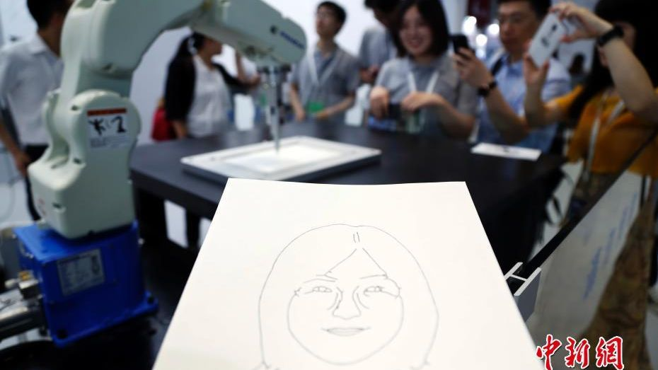 This robot is able to paint a human portrait in just in two minutes.