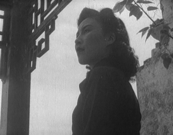 The actress Wei Wei in the film Spring in a Small Town