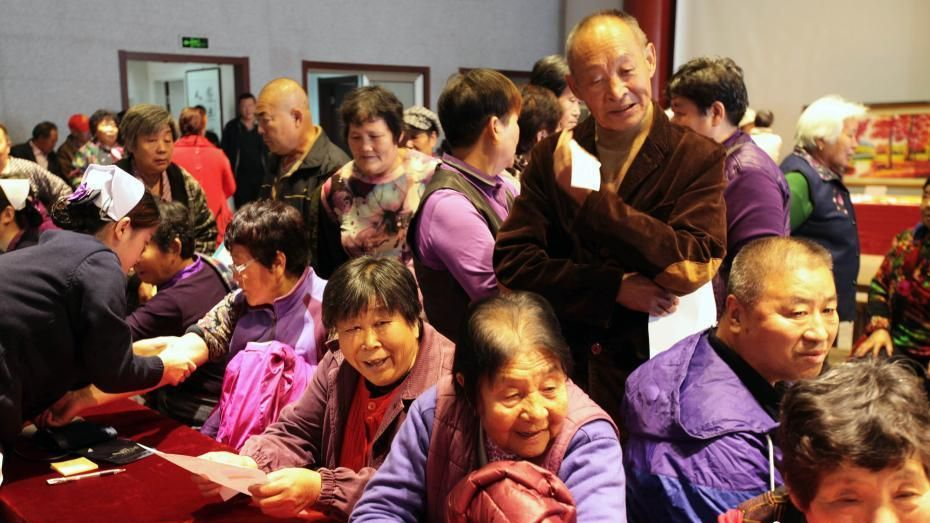China's elderly population to peak at half a billion in 2050