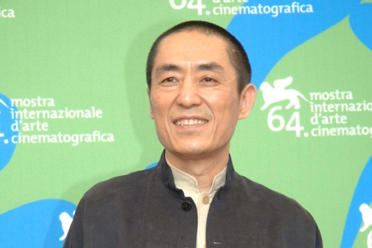 Renowned Chinese director Zhang Yimou will be awarded for his significant contribution to contemporary cinema at the 75th Venice International Film Festival.
