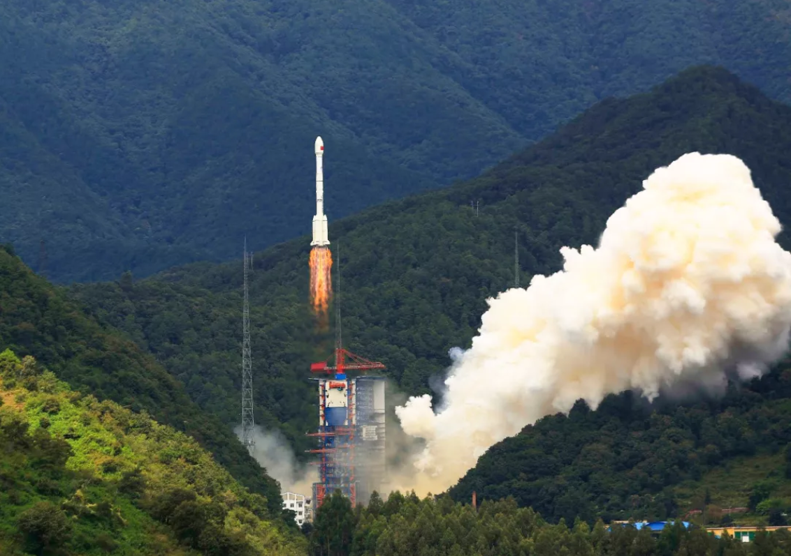 China launches two more Beidou navigation satellites, performs tests for parachute landing of expended boosters