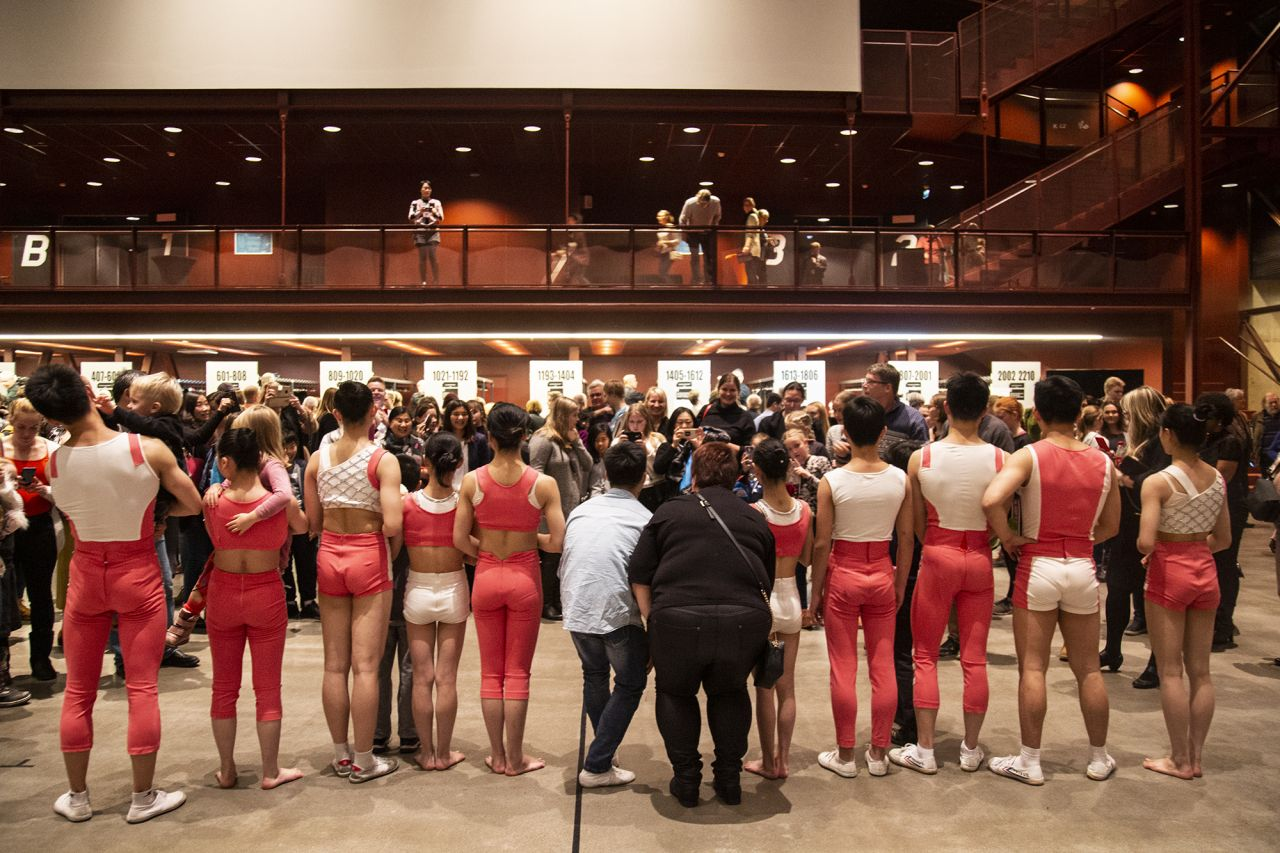 Hunan Acrobatic Art Theatre Company with the audience