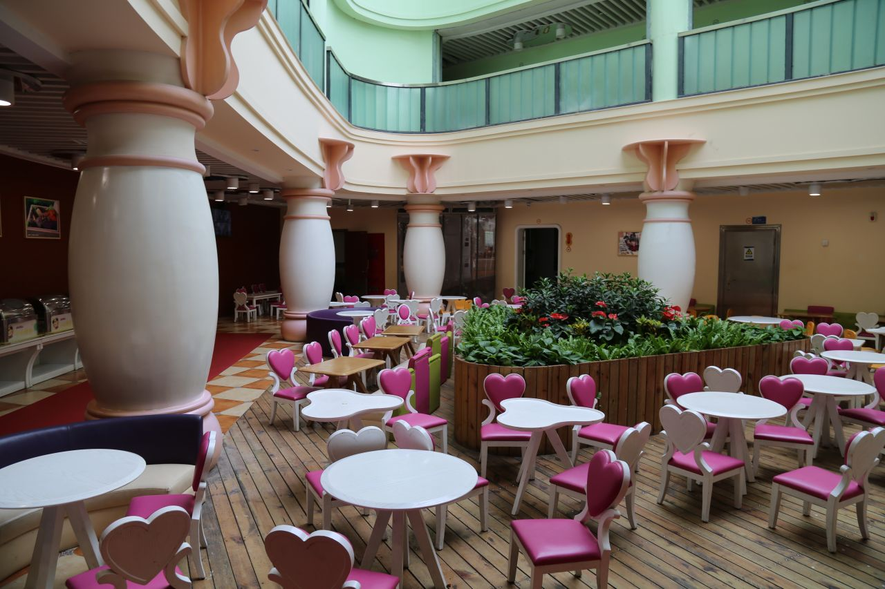 The large kindergarten complex is complemented by a Disney-style dining area.