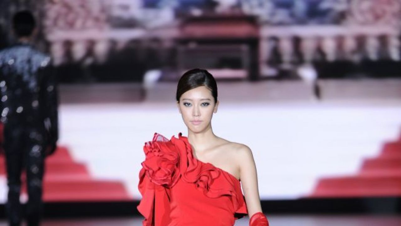 Chinese New Year: 3 fashion tips and 10 outfit ideas