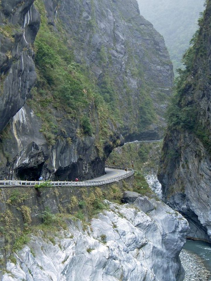 Cycling around Taroko Gorge is a must for many visitors in Taiwan.