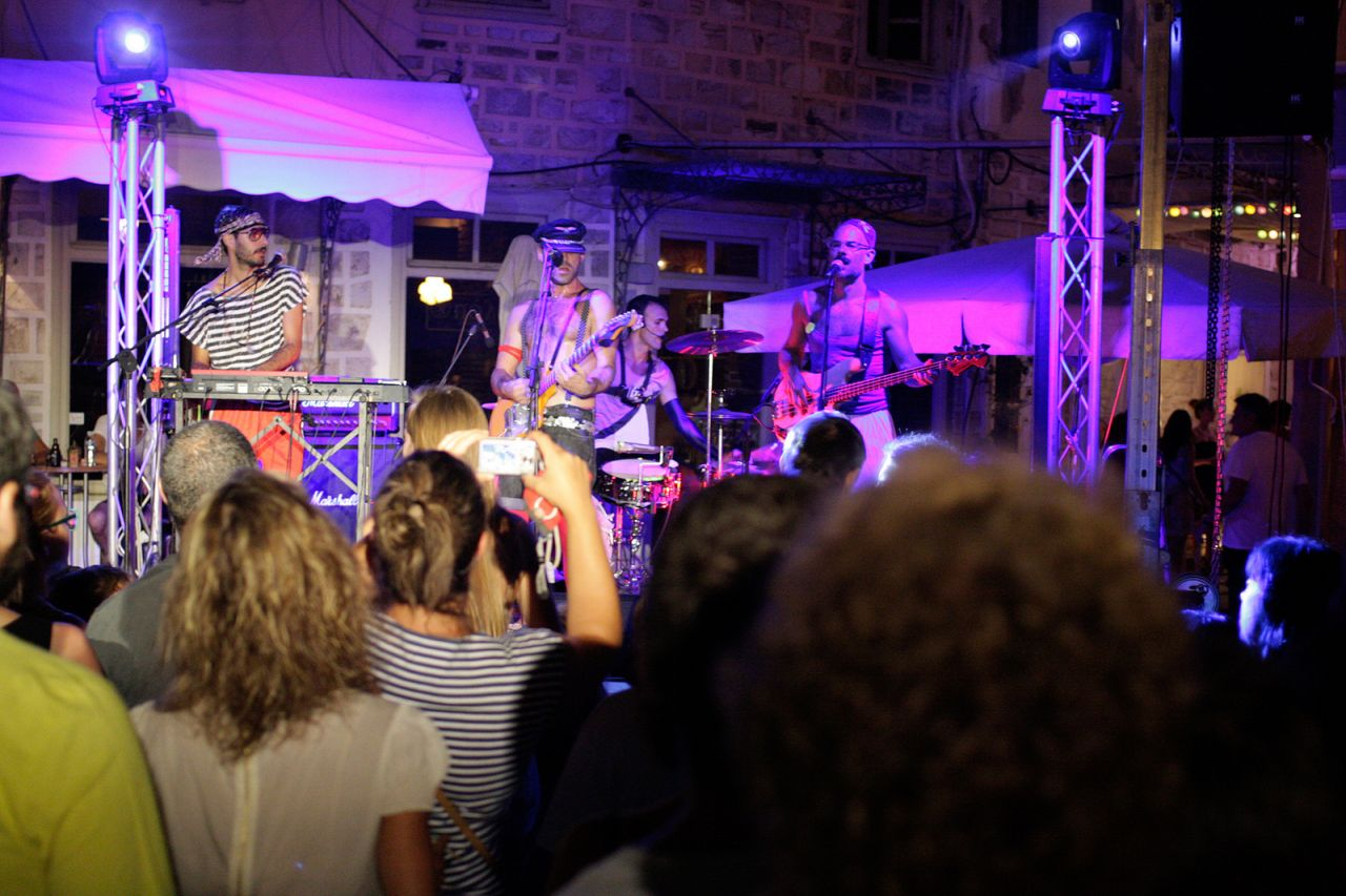 Summer in Syros means big festivals and nice concerts. Greek famous band 'The Burger Project' love adding this island to their summer tour-list...