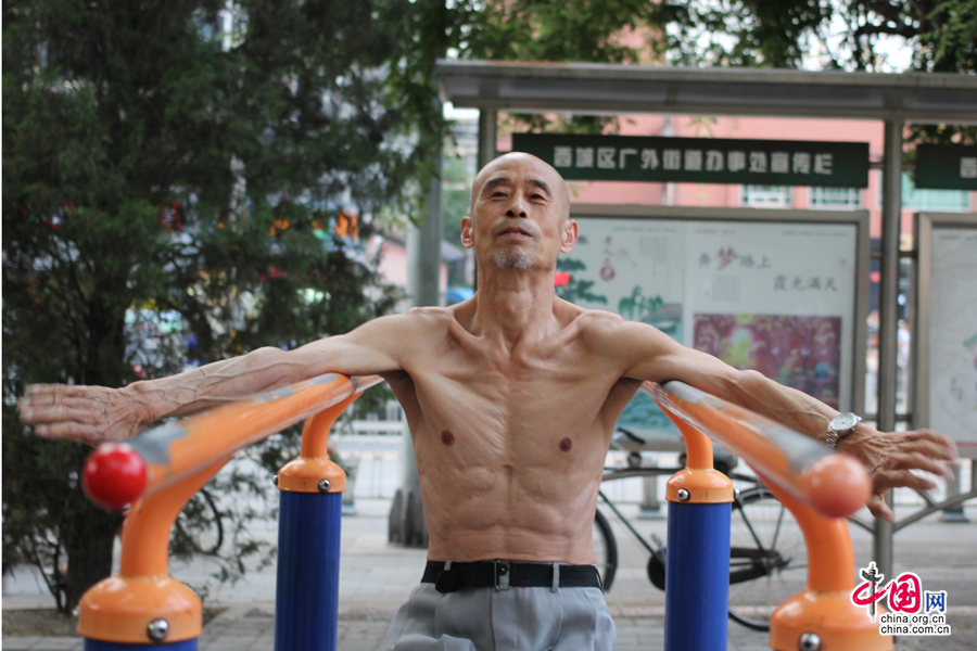 65-year-old \'muscle man\' proves it\'s never too late to get ripped