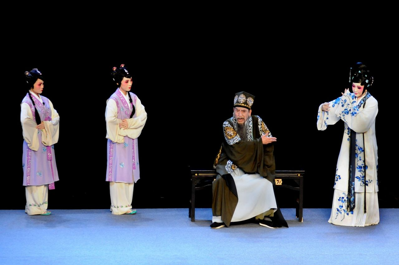 """The """"Widow and the Man of Letters"""", written by Wang Renje, tells a story of duty versus love."""