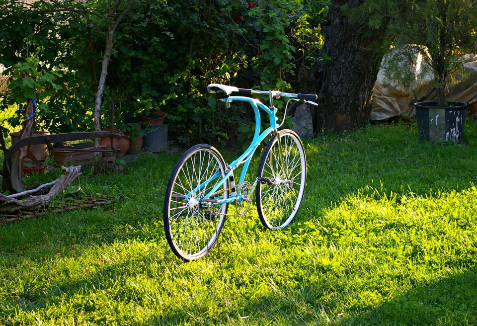 Curba Handmade Bikes are created by Vangelis Karkagias in the town of Karditsa, in central Greece.