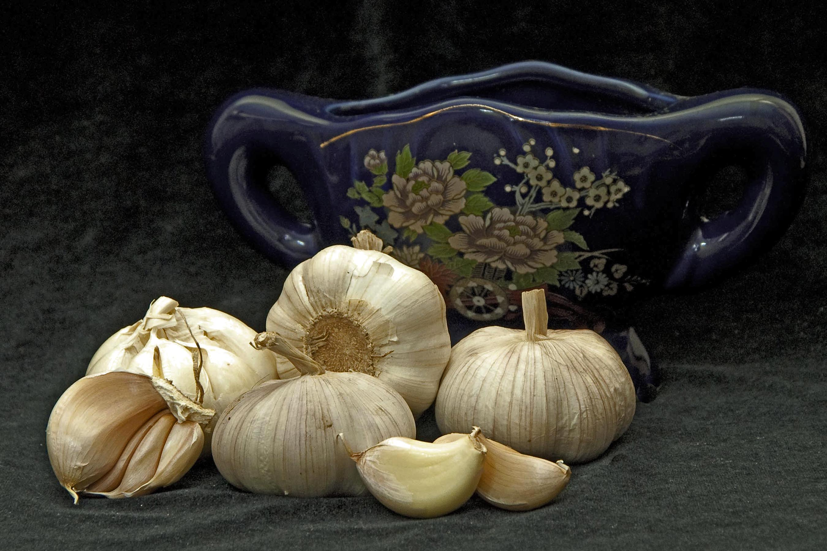 How to eat garlic