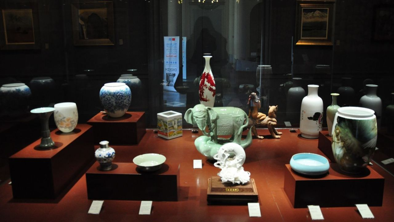 Jingdezhen porcelain travels to Corfu