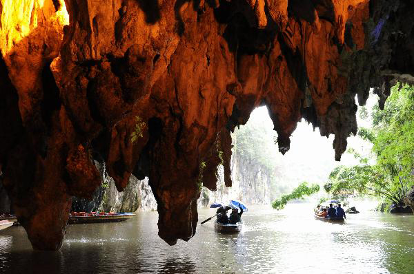 chinas most amazing caves