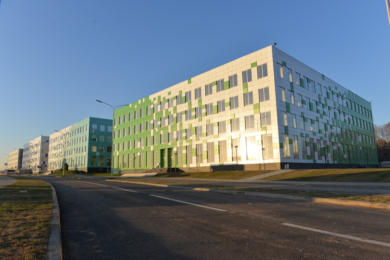The Russian-Chinese business incubator and a robotics centre will be situated at the Skolkovo Technopark.