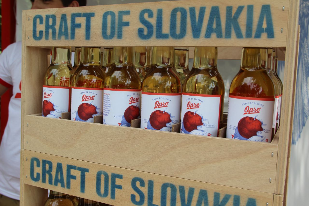 Opre' Cider is the first cider to be made in Slovakia and it is the brainchild of brothers Gabriel and Radoslav Oprendekovci.