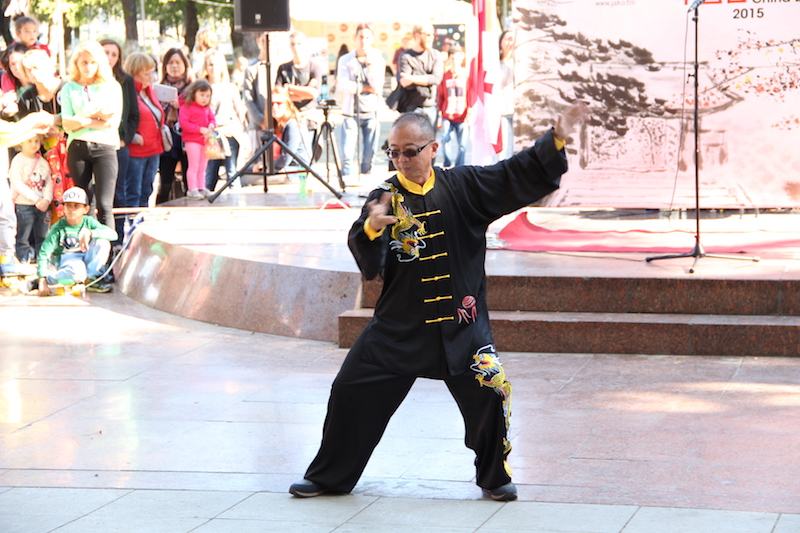 Traditional Chinese dancing was in step with local likings during China Day