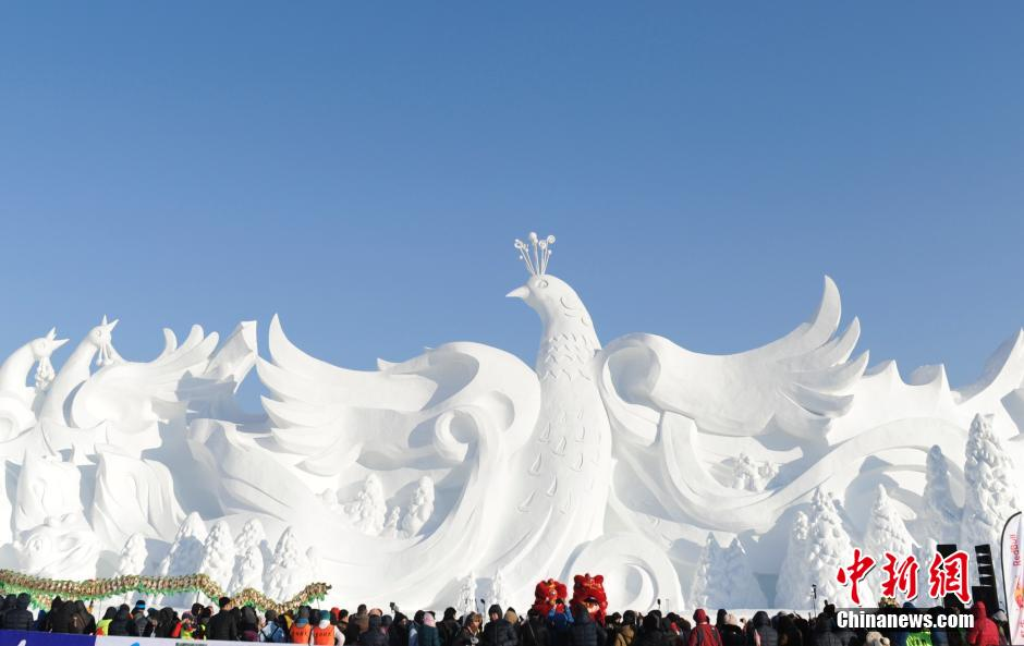 Changchun Ice and Snow Festival wows crowds