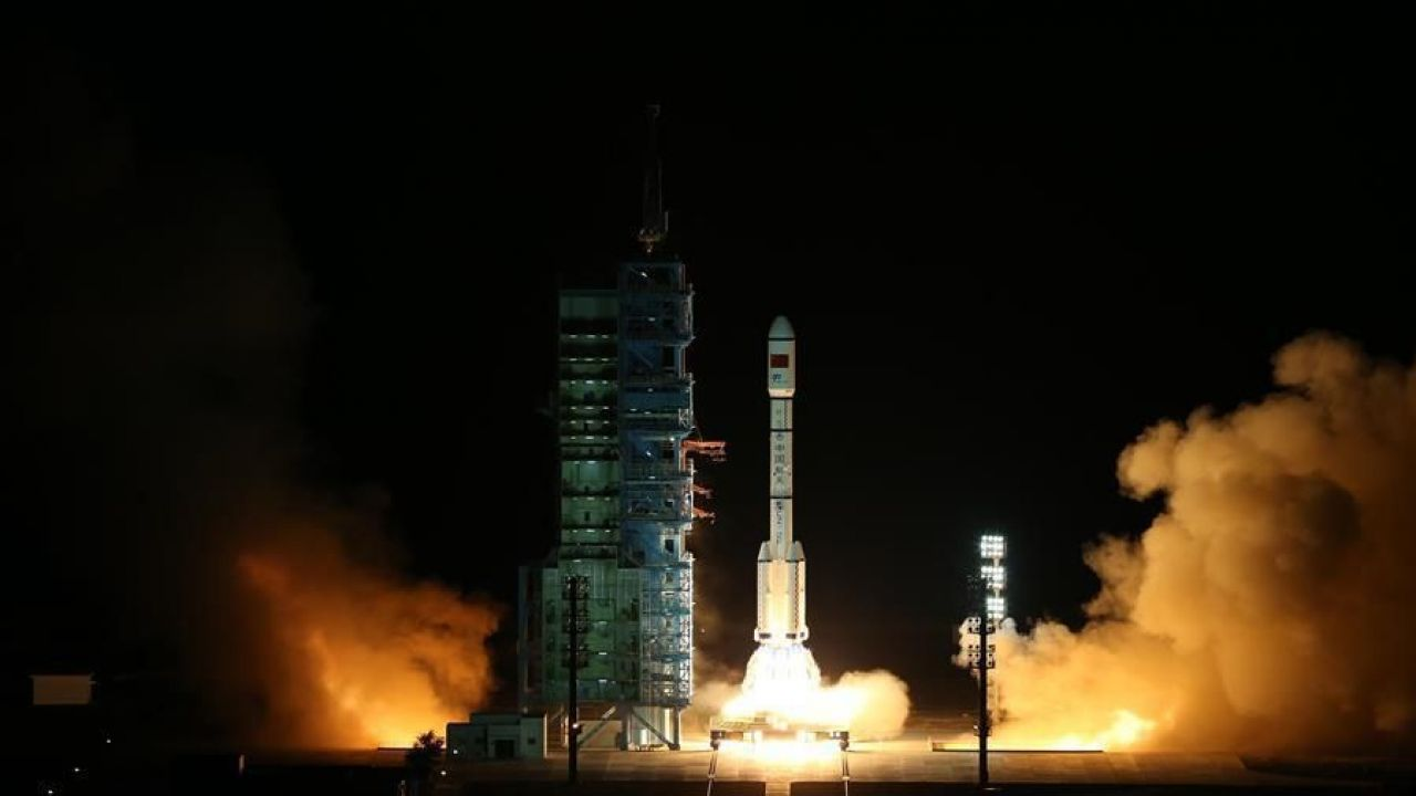 "China launches Tiangong-2 ""Heavenly Palace"" to pave way for space station"