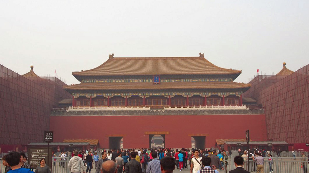 forbidden city sells 20000 tickets in just 2 hours