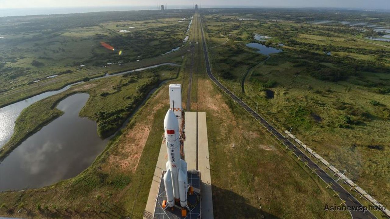 Second Long March 5 rocket leaves for Wenchang launch site