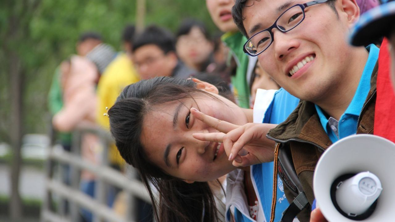 Why Chinese overseas students are now returning home in record numbers