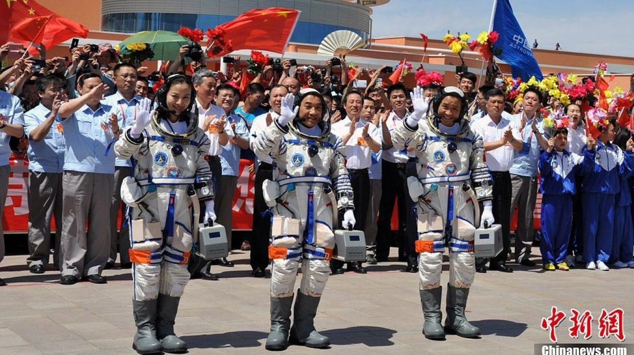 Crewed missions to Chinese Space Station to begin in 2019, so don't expect a Moon base soon