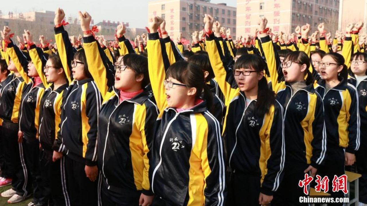 Over 9m students to sit China's college entrance exam