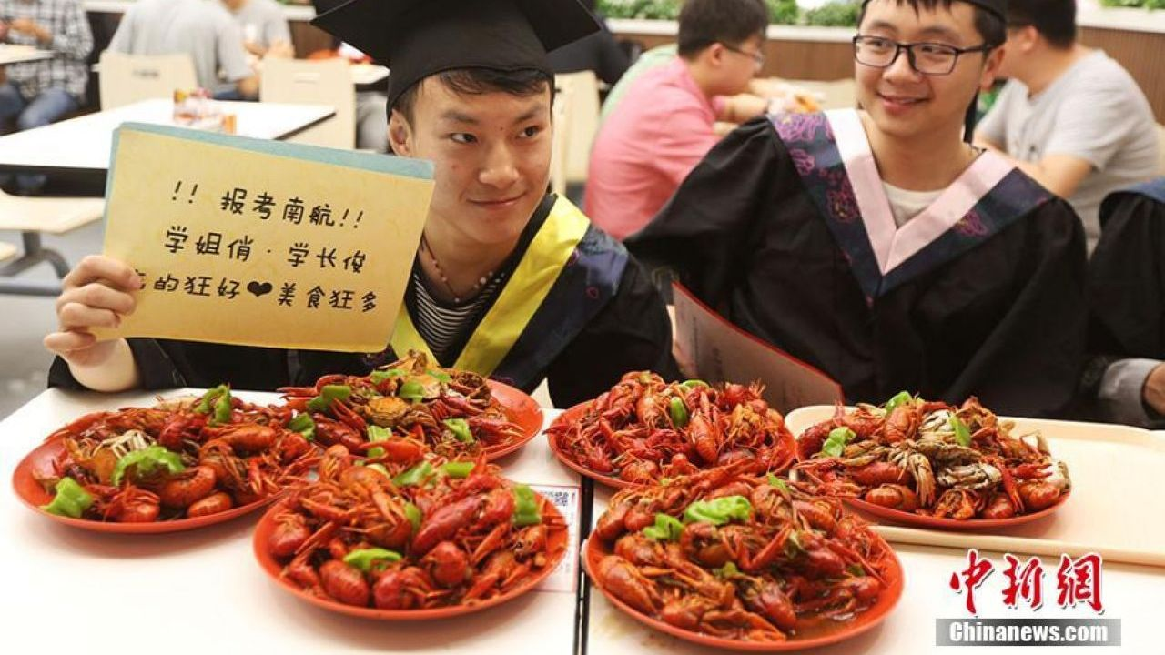 China's crazy love for crayfish created jobs for 5m in 2016