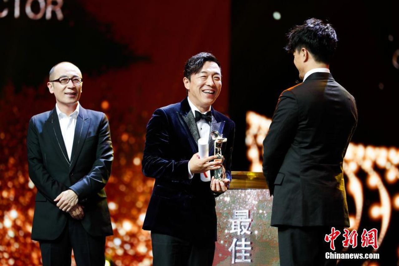 Chinese actor Huang Bo won the Golden Goblet Awards for Best Actor at the 20th Shanghai International Film Festival on Sunday.