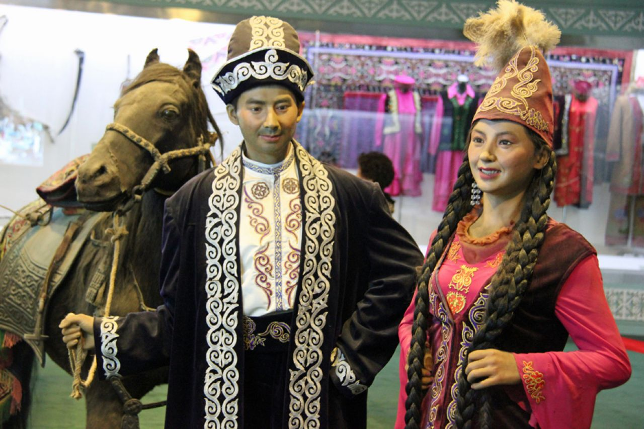 """Among the Kazakh minority, a popular form of entertainment is an """"Aytes"""", meaning a singing contest between two or more traditional singers known as """"Akens""""."""