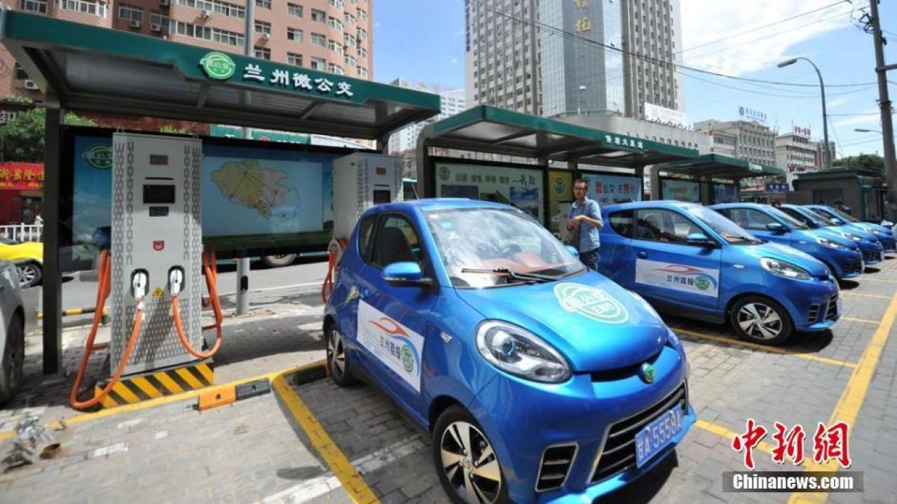 China to ban sale of fossil fuel cars in electric vehicle push