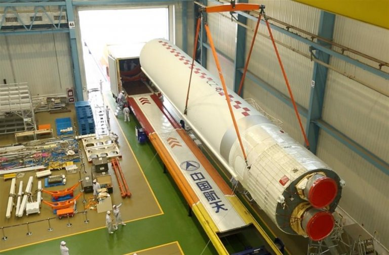 The core stage of the Long March 5 being prepared for shipping in Tianjin in August (CASC).
