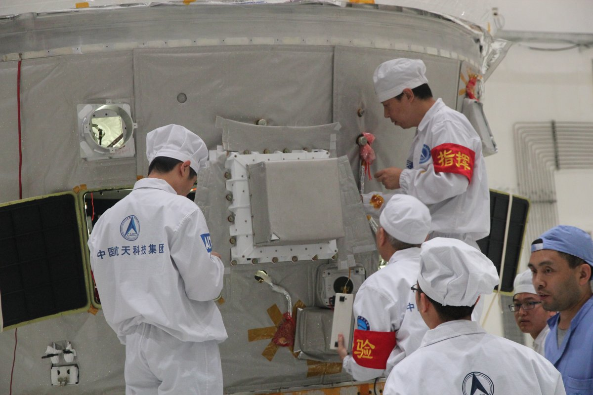 POLAR being installed on Tiangong-2 (courtesy of Nicolas Produit).