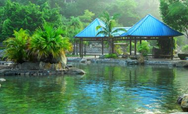 5 of China's top hot springs