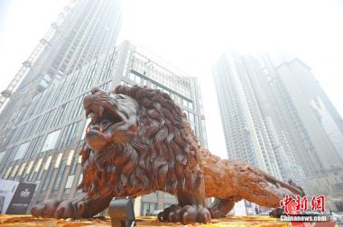 World's largest redwood sculpture unveiled in Wuhan
