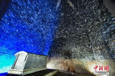 1,500-year-old tomb of Emperor Xuanwu reopens