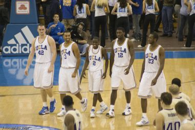 Convicted American basketball players sentenced to house arrest