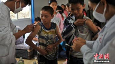 China speeds up on reducing poverty caused by medical bills