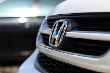 Honda teams up with China's Alibaba to develop smart car-net services