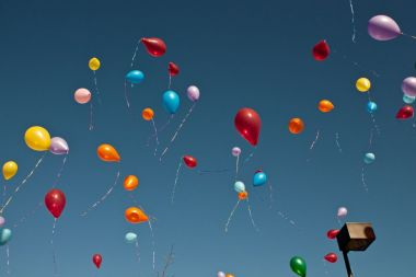 Chinese woman suffers from rare balloon phobia