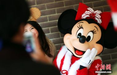 Hong Kong Disneyland sees record number of international visitors