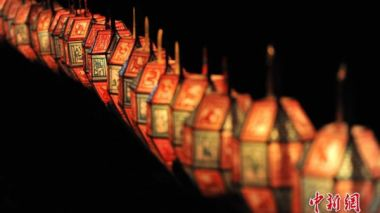 China's top legislature deputy to propose Lantern Festival as public holiday