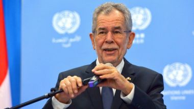 Austrian president and chancellor to visit China in April