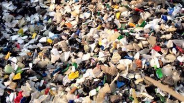 Beijing tells US to deal with its own waste